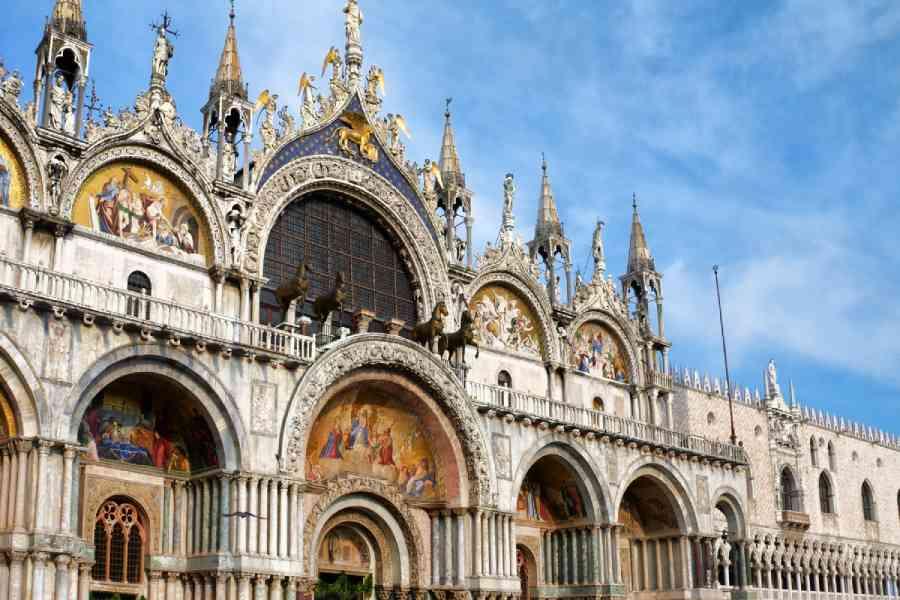 Basilica Dorata di San Marco - Venice Dream House